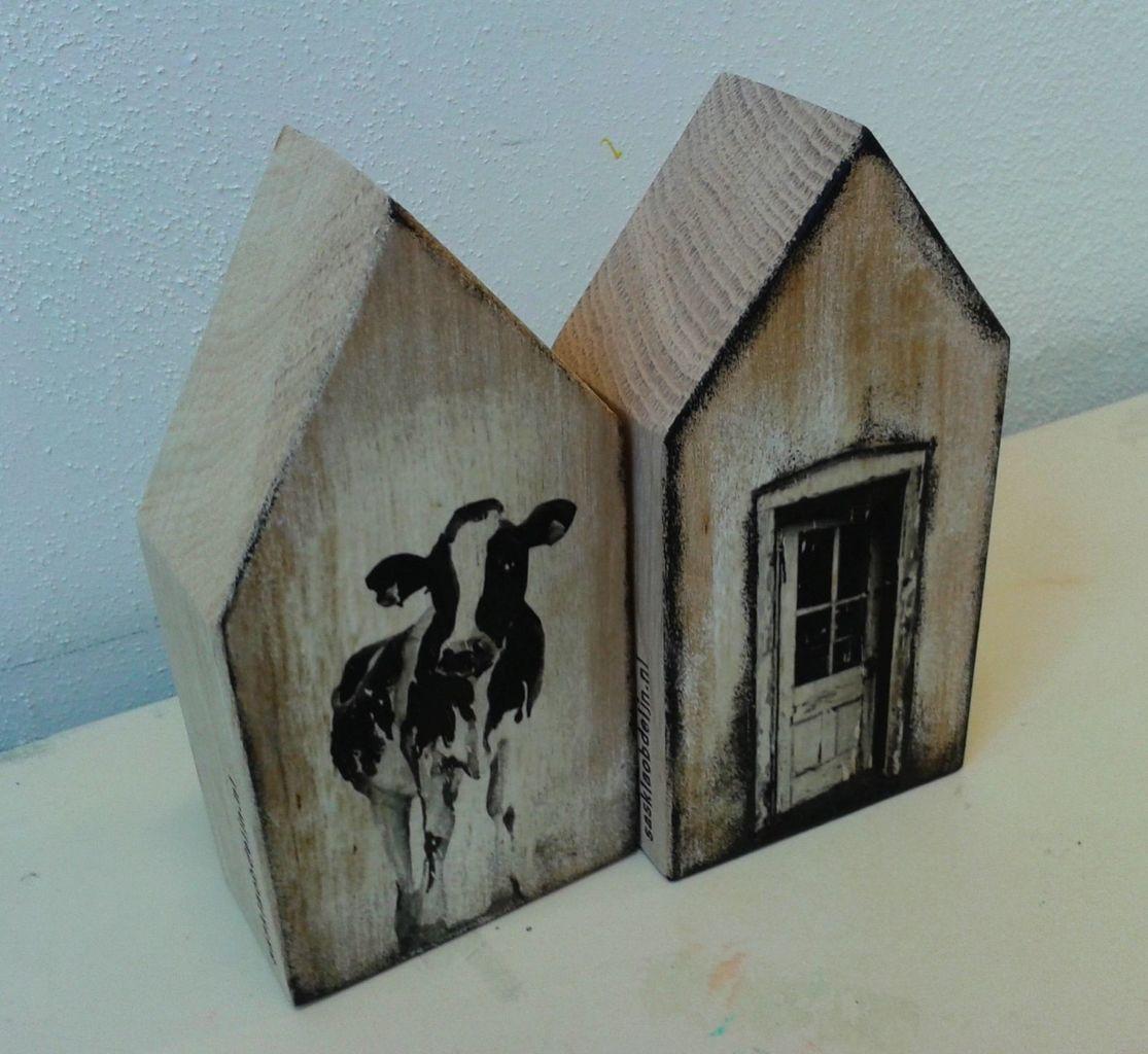 Saskia obdeijn koe en deur branden pinterest hout huisjes en woonaccessoires - Meer mooie houten huizen ...