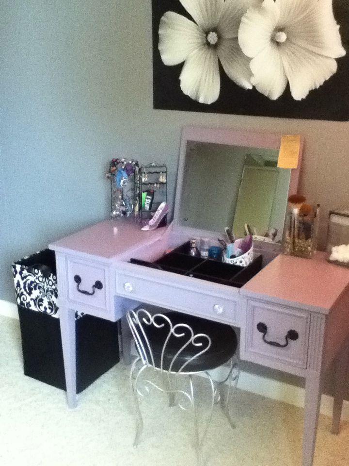 vintage vanity - vanity - vanity chair - vintage - purple