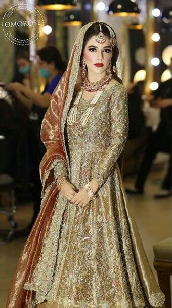 Pakistani bride in tena durrani pakistani couture for Muslim wedding guest dresses