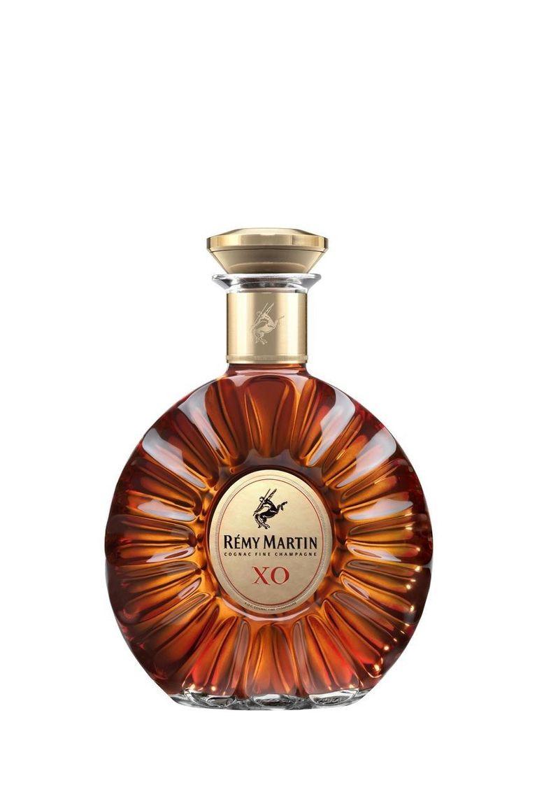 8 Cognac Brands That Belong On Your Bar Cart Remy Martin Best Cognac Cognac