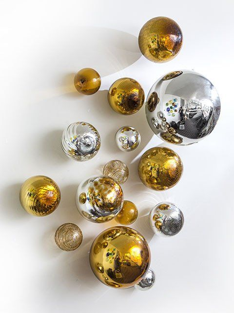 Wall Spheres Gold Amp Silver Set Of 15 Gold Wall Decor Glass Art Gold Painted Walls