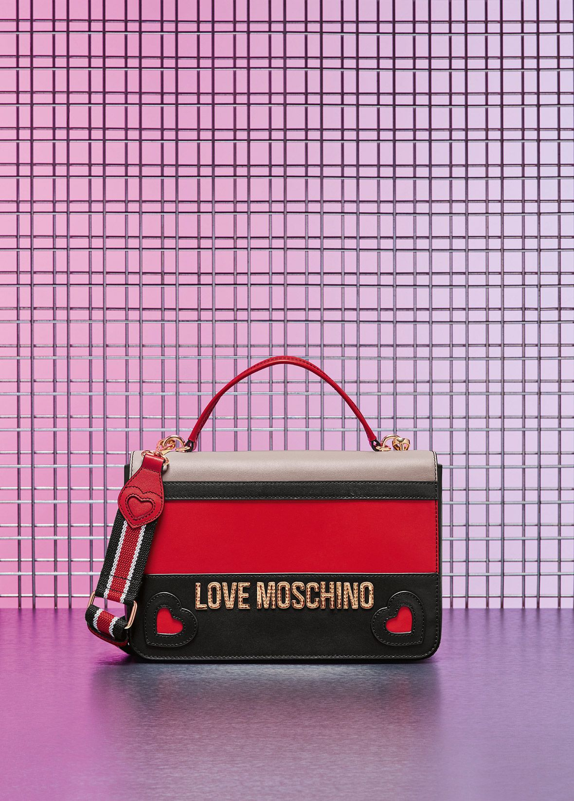 88ae4bbca5 Men's Clothing · Designer Handbags · Love Moschino Fall/Winter 2018  Accessories - See more on www.moschino.com