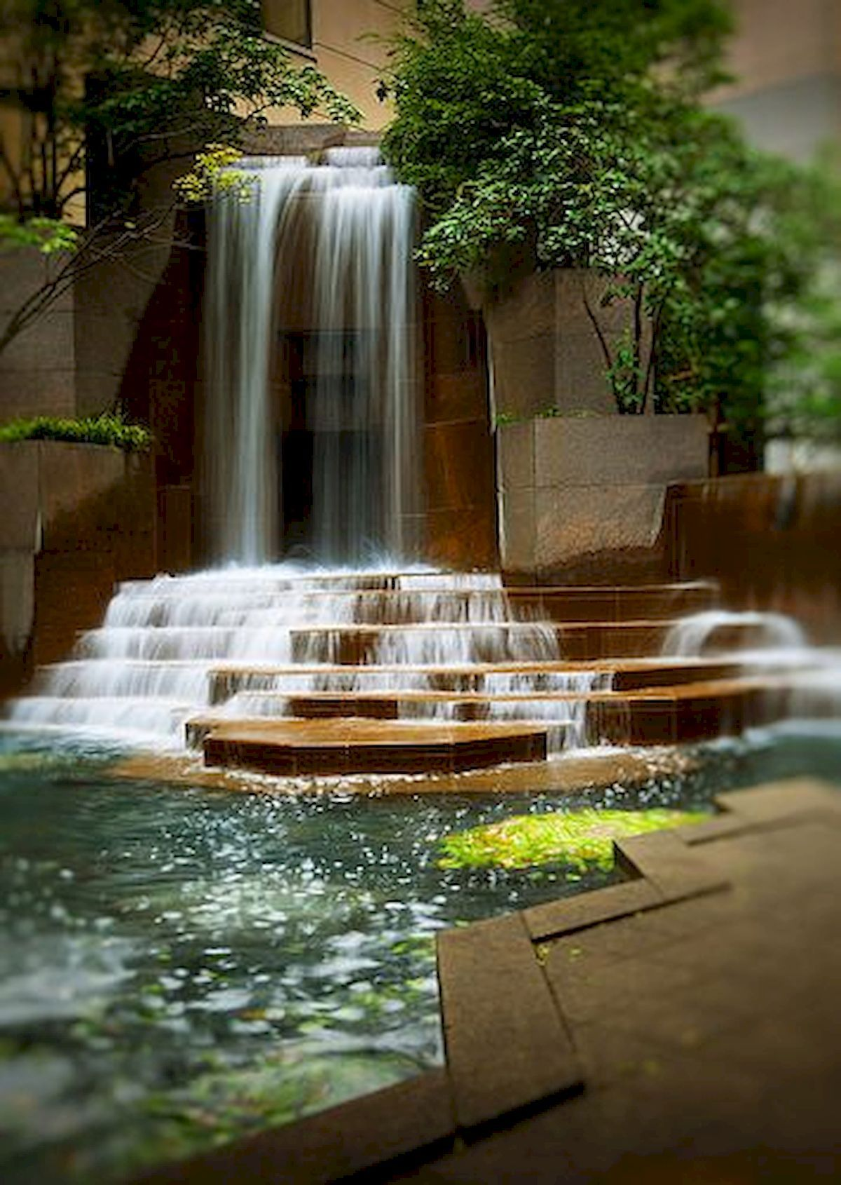 Modern Garden Water Wall Ideas With Images Water Features In