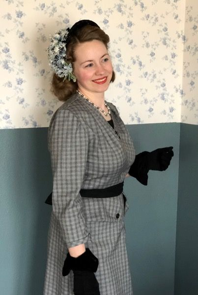 Post War Fashion Today 40s Fashion: Post War 1940s Gray Plaid Dress In 2020