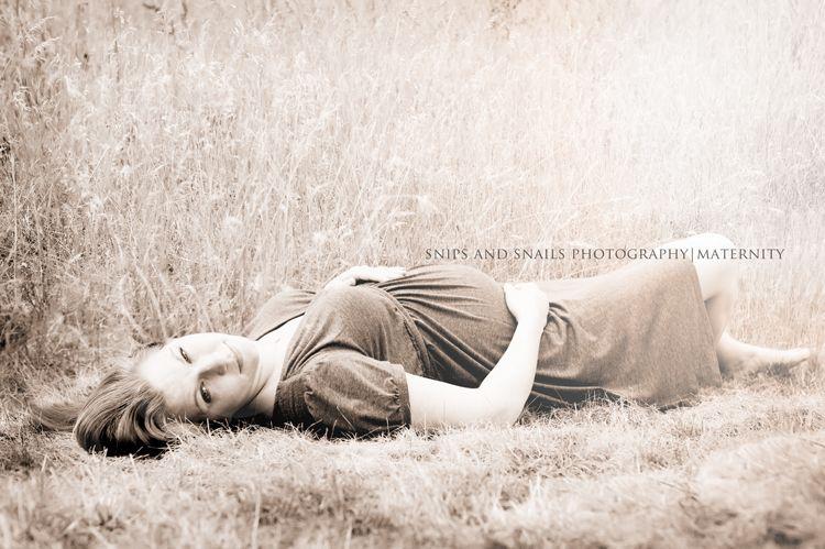 Maternity shoot outdoor
