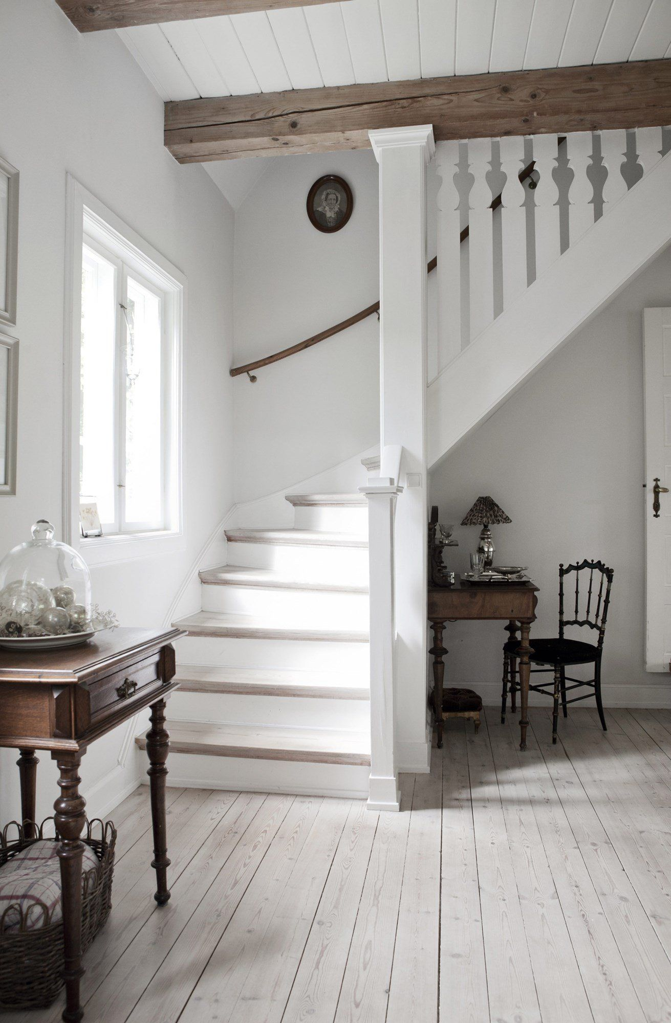 Cool country | Cottage stairs, Staircase ideas and Interiors