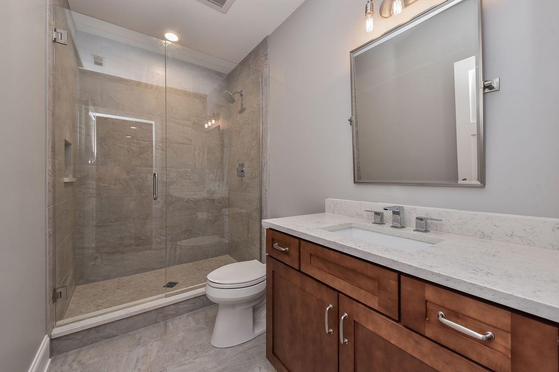 9 große Tipps: 9er Jahre Bad umgestalten kleine Räume Bad