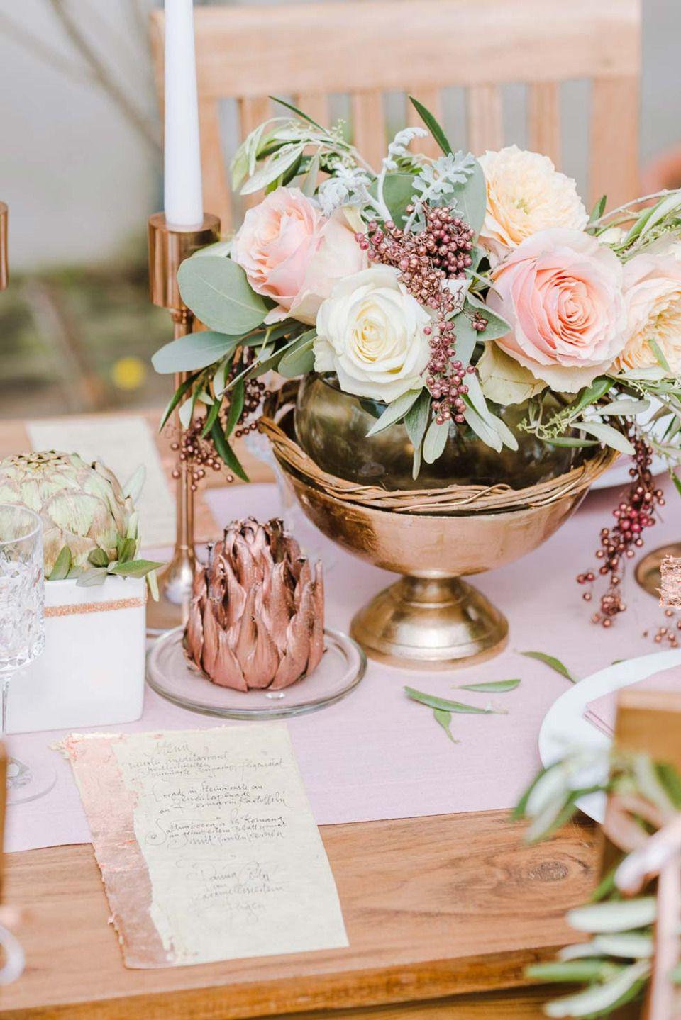 Olive trifft Glamour  Wedding Table Decor  Tischdekoration hochzeit Blumendeko hochzeit und