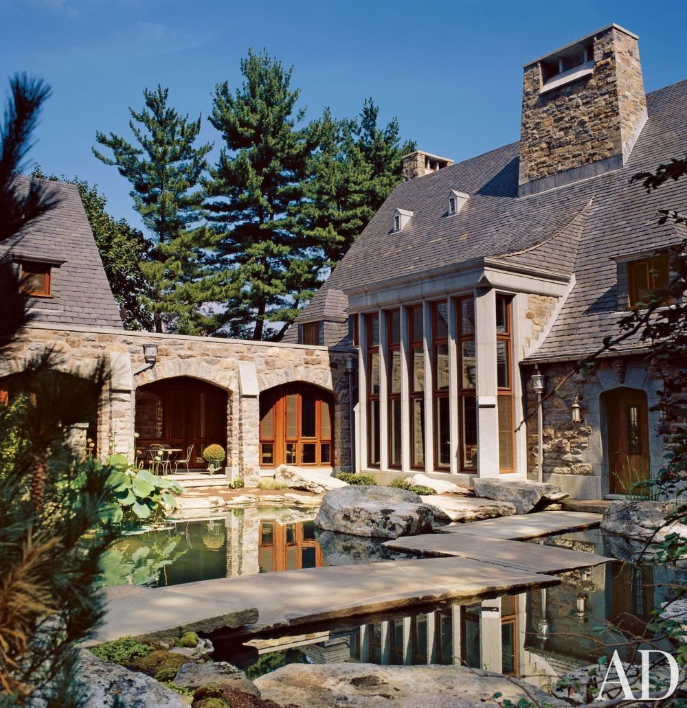 Traditional exterior by michael larocca and ike kligerman barkley in greenwich connecticut landscape architecturelandscape designamazing