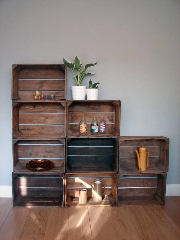 Cagettes design d 39 int rieur pinterest crates - Meuble avec caisse de vin en bois ...