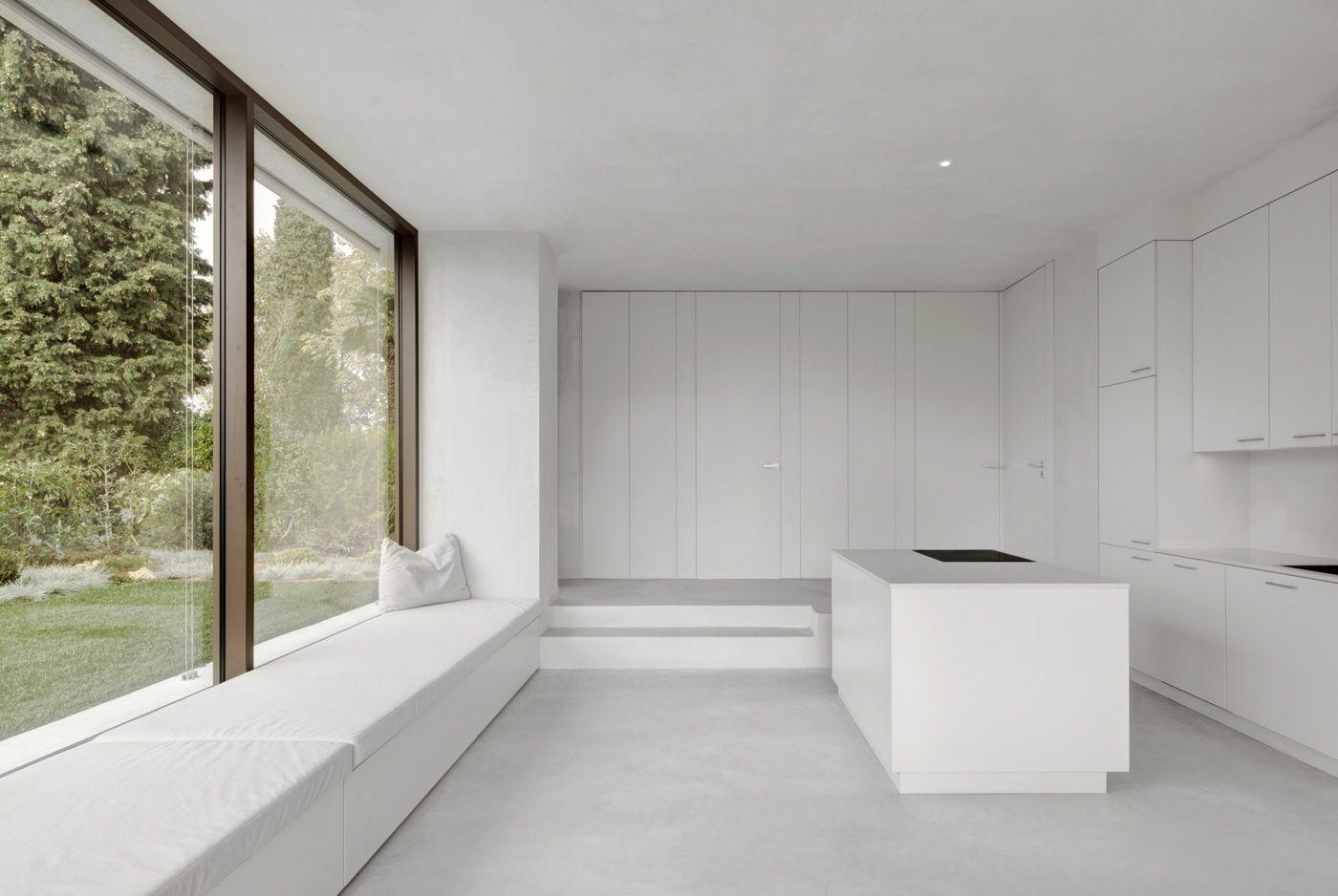 House on Lake Garda House, Built in dresser, Building a