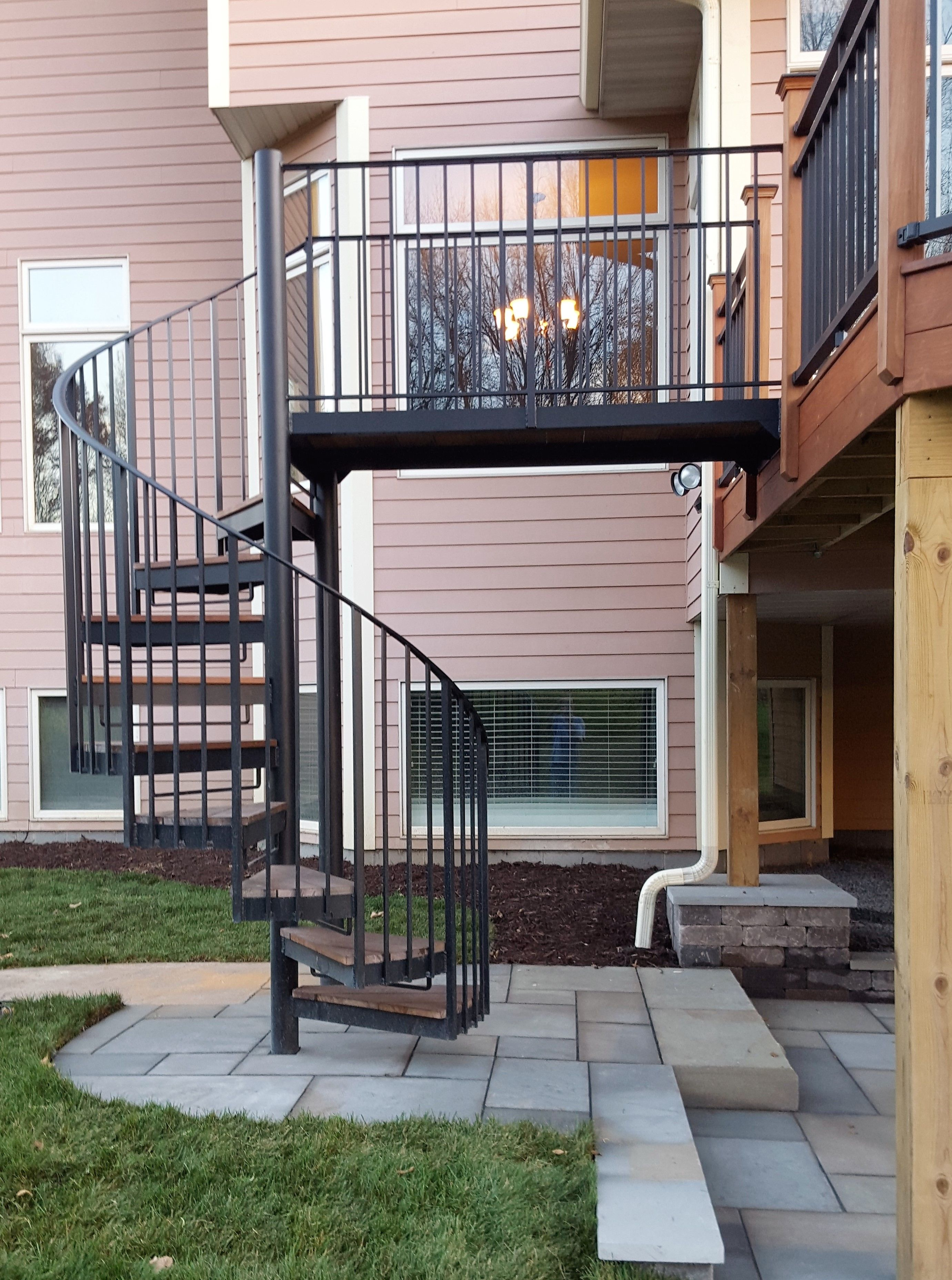 IPE deck with Spiral Staircase and patio
