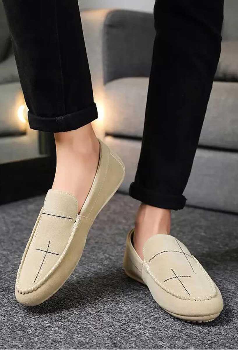 Beige Cross Stripe Leather Slip On Shoe Loafer En 2020 Zapato De Vestir Hombre Zapatos De Vestir Vestidos De Un Hombro