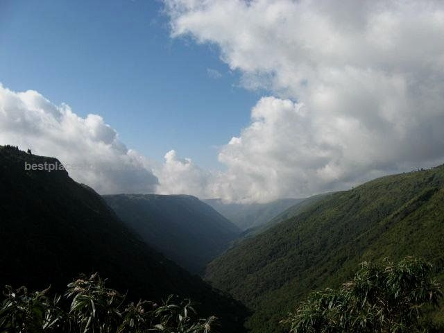 One Of The Rainiest Places On Earth, Cherrapunji, Meghalaya, India [oc][640×480]…  One Of The Rainiest Places On Earth, Cherrapunji, Meghalaya, India [oc][640×480]  http://www.bestplacestotravel.us/2017/05/16/one-of-the-rainiest-places-on-earth-cherrapunji-meghalaya-india-oc640x480/