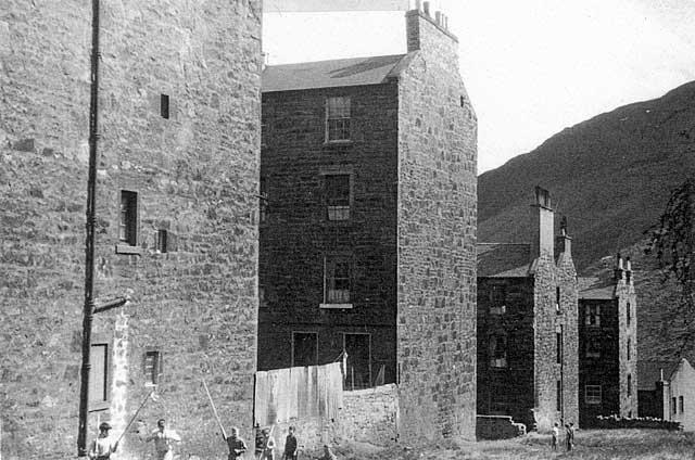 Arthur Place, Dumbiedykes, Edinburgh. (1959) Pic: Edinburgh City Libraries/EdinPhoto.
