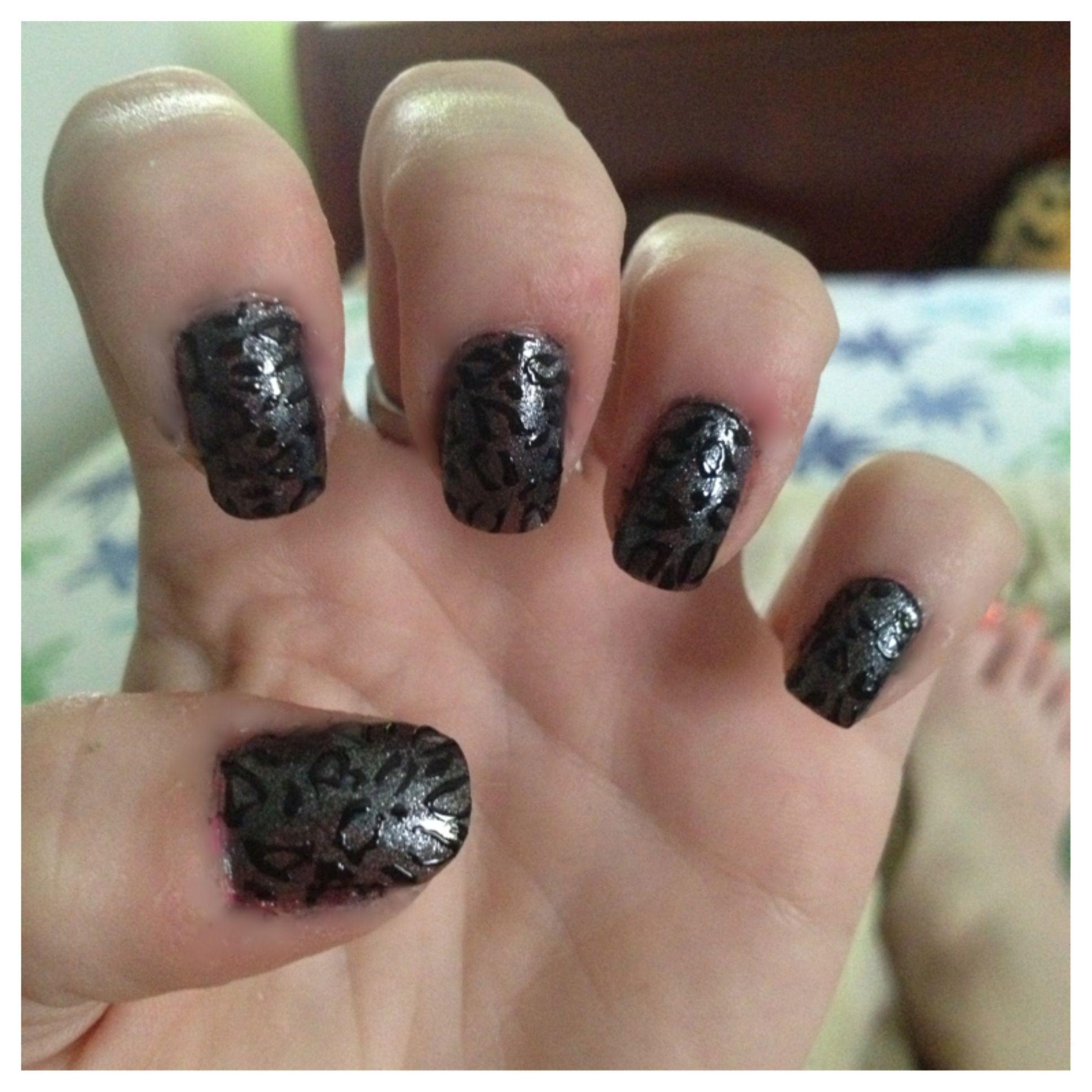 Cheetah nails!!!