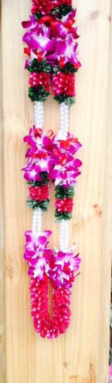 Pin By Asha Latha On Garlands Garland Wedding Flower Garlands Garland