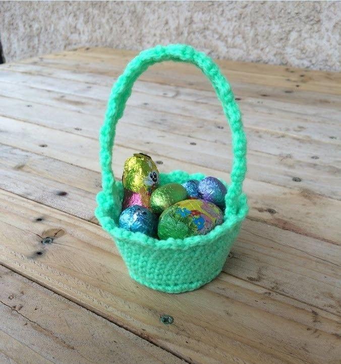 Pâques CREME œuf panier /& Chocolat Oeuf Nid Knitting Pattern /& laine pour les deux