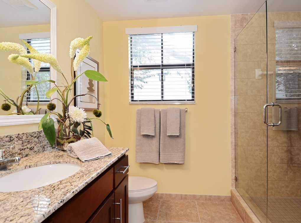 Walk In Showers Are Available In Select Apartments At Amli Toscana