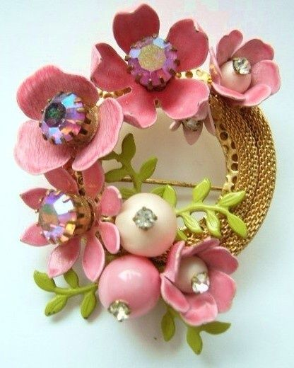 d083329a4 Vintage enamel flower brooch. Early 1960s. Unsigned beauty, similar designs  by Selini and