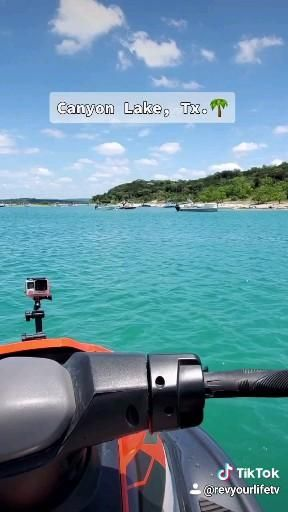 Brought the JetSki out to Canyon Lake, Tx. 😁 Love it out here. #lakelife 🤙🏼