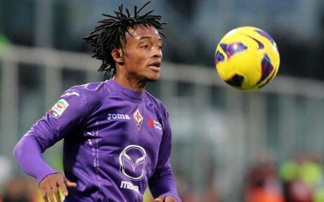 Fiorentina Roma In Diretta Streaming Gratis Soccer Soccer Ball Sports
