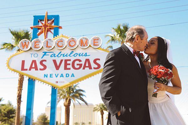 Las Vegas Sign Wedding Photos Ideas