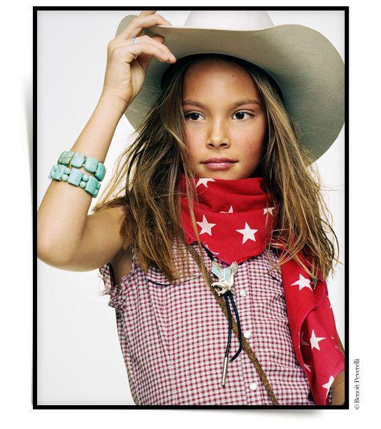 La petite American Dream cowboy indien shérif plume.