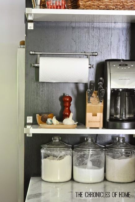 The Chronicles of Home: Project Peek - Wall-Mounted Paper Towel Holder