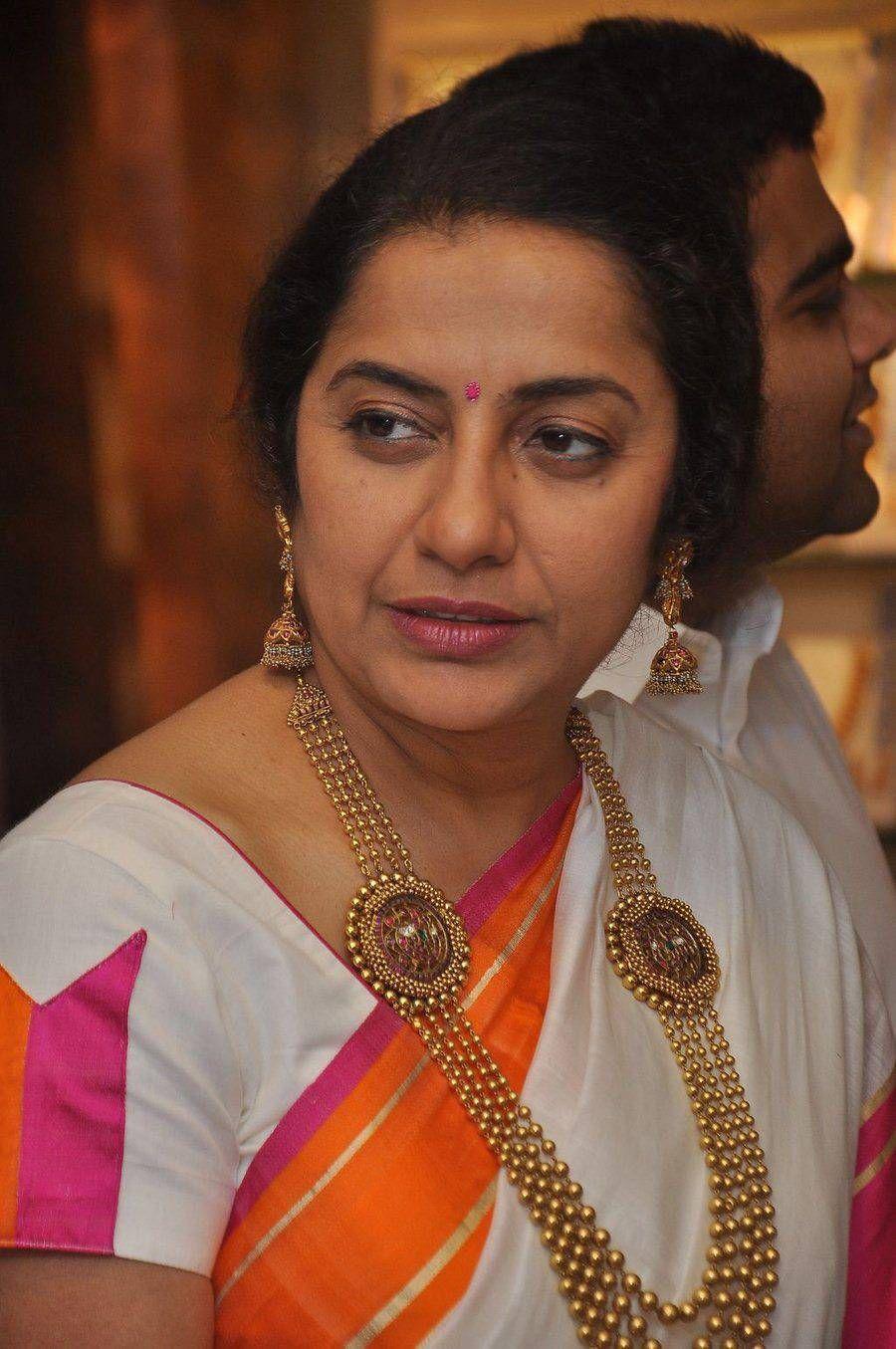 Suhasini in gundla haram jewellery designs - Actress Suhasini Latest Stills In White Saree