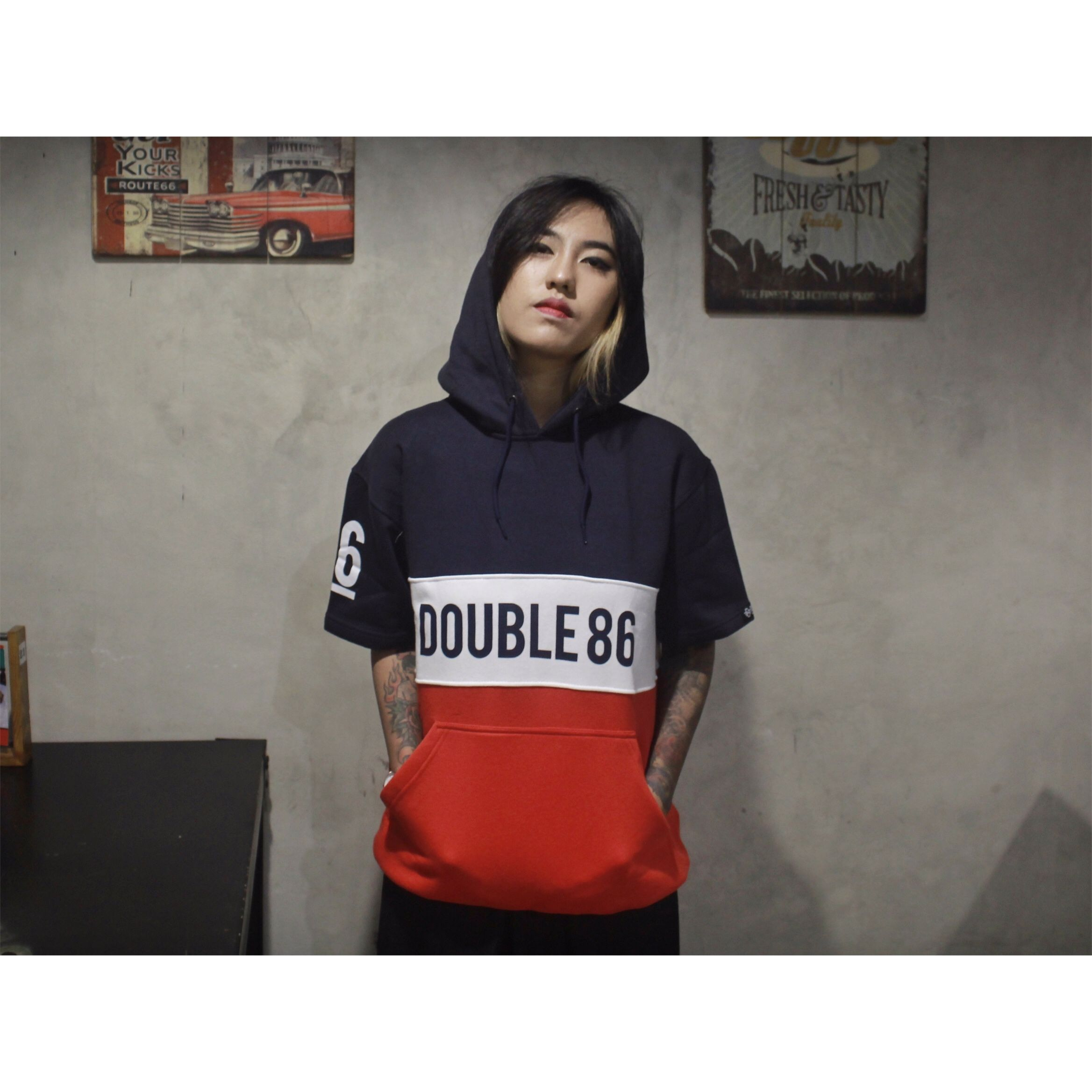 """""""Alton Hoodie Color""""  Available size : S-XXL Price : IDR.225k More Info please contact : Line Official : @double86 (use@)"""