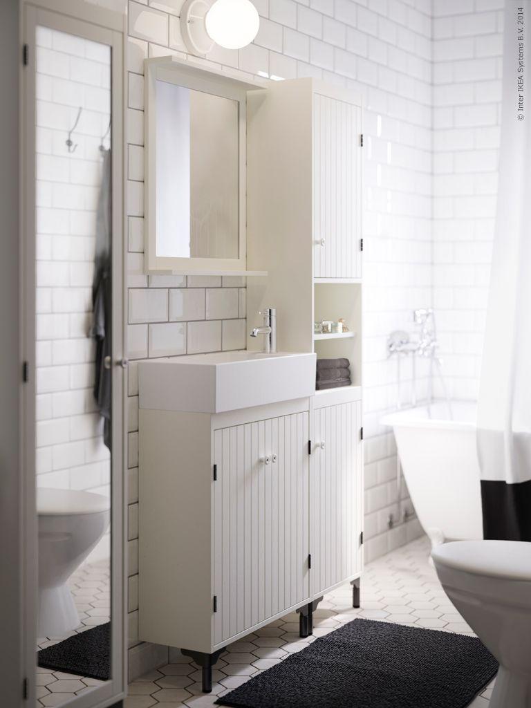 Badrum små badrum inspiration : Som gjort för det smala badrummet, nätta SILVERÅN badrumsserie ...
