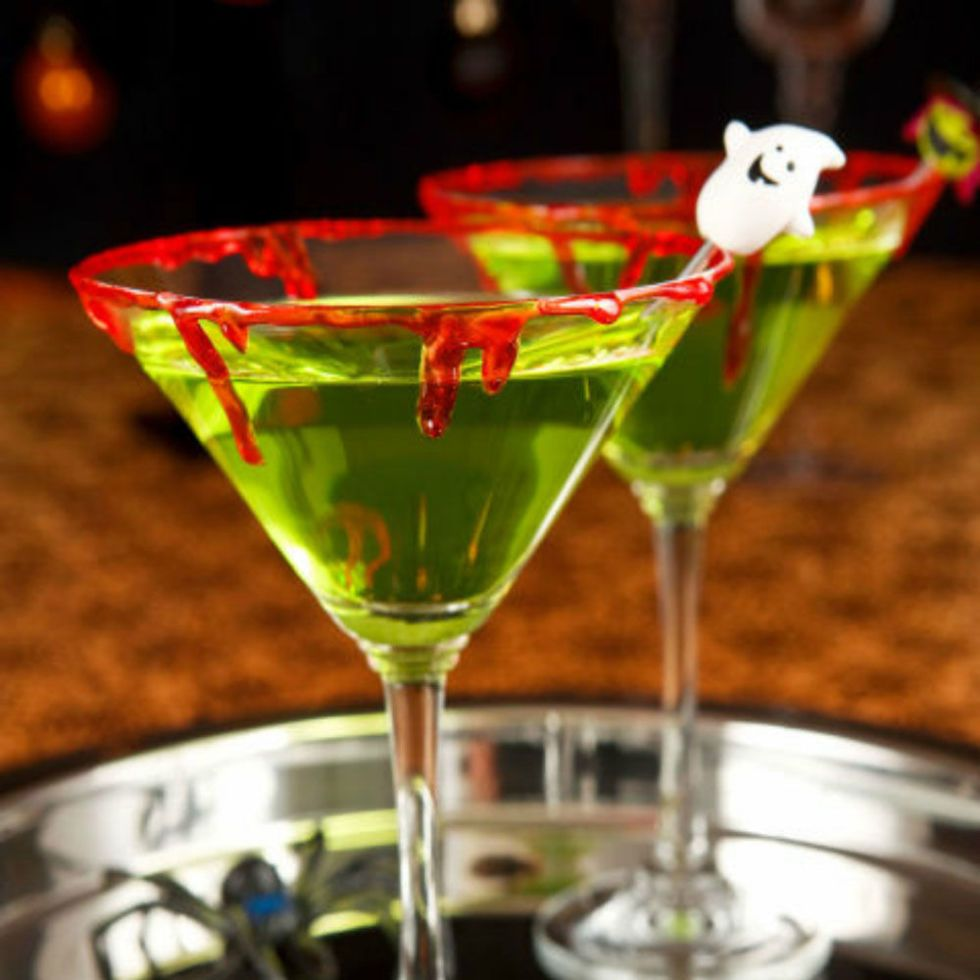 65 non cheesy halloween cocktails your party needs kiss halloween cocktails and halloween foods. Black Bedroom Furniture Sets. Home Design Ideas
