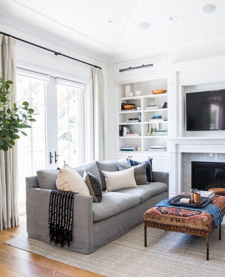 Modern Meets Traditional Living Room Design Neutral Living Room Decor Transition Living Room Decor Grey Couch Casual Living Rooms Living Room Decor Grey Sofa #transitional #living #room #sets