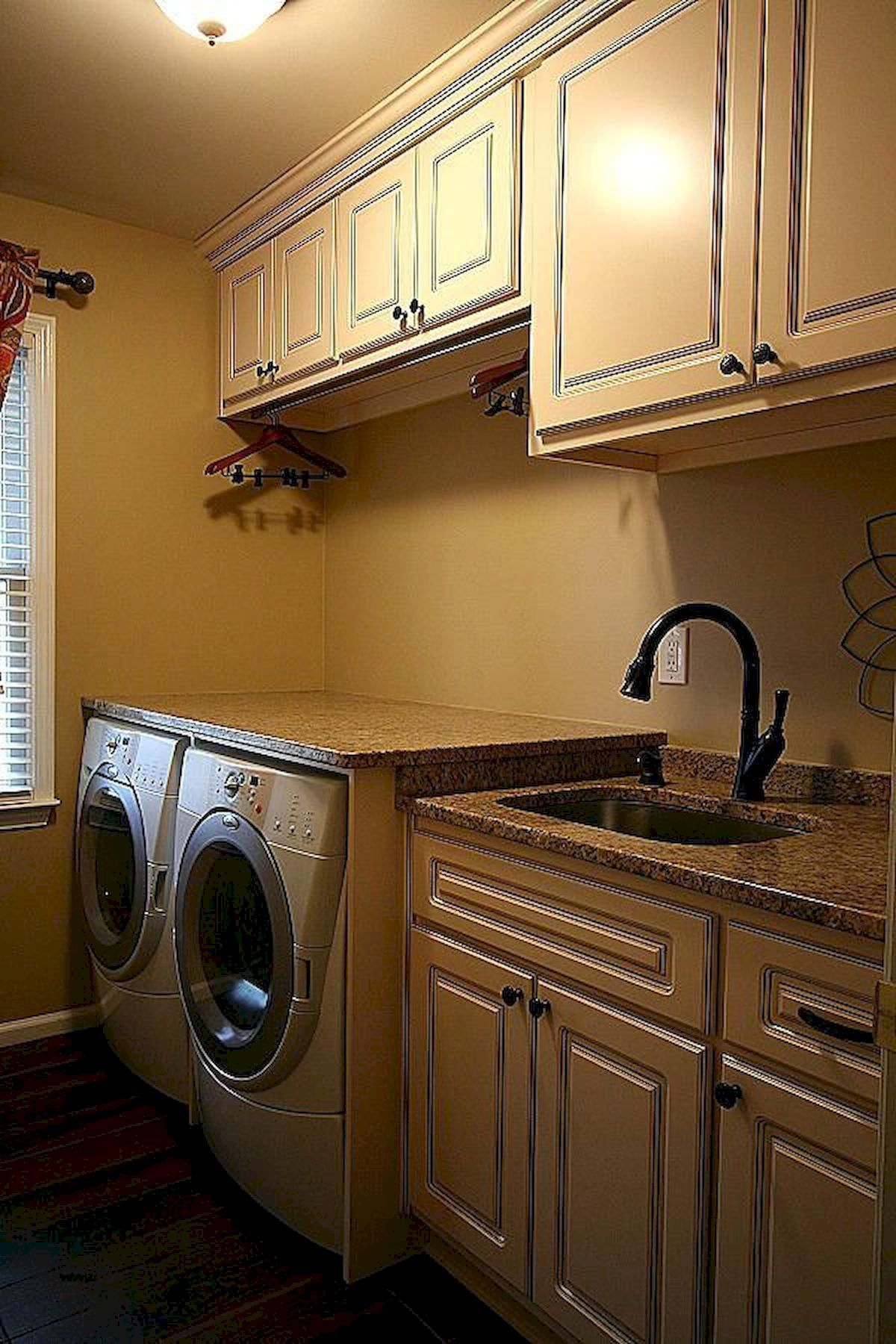 100 inspiring simple and awesome laundry room ideas on effectively laundry room decoration ideas easy ideas to inspire you id=40676