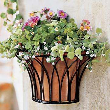 Outdoor Wall Planter Have 4 Wall Planters Pinterest Wall Planter Diy Wall Planter Wall Planters Outdoor