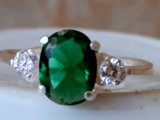 30% off-SALE!!Anniversary ring, green ring,emerald ring, gemstone ring,Oval Diamond ring, Engagement Ring, Wedding, Bridal, Sterling Silver,