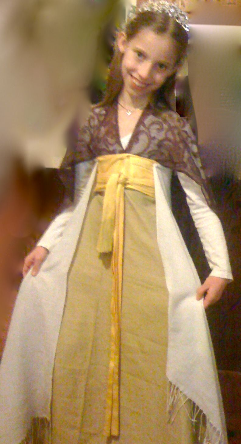 Easy, no sew Renaissance Princess costume. Step by step ...