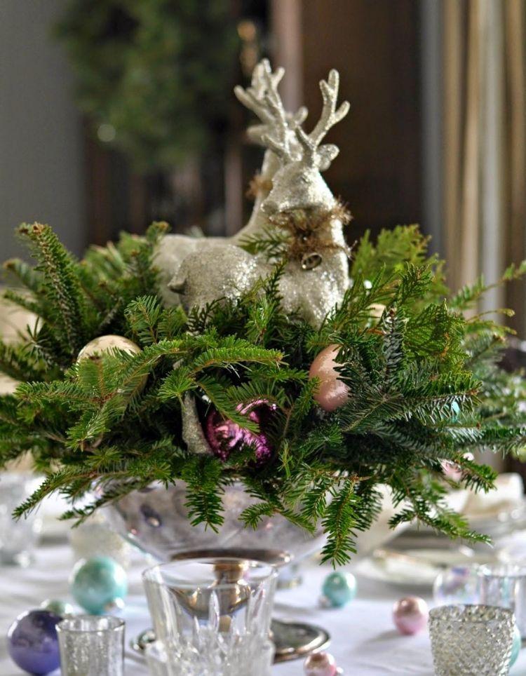 Tischdeko Zu Weihnachten In Silber Und Grun 29 Ideen Ideen