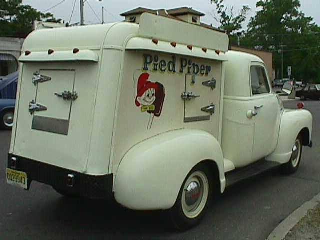 Pied Piper Ice Cream Truck Popular In Nj 1950 S 60 S Vintage Trucks Ice Cream Truck Trucks