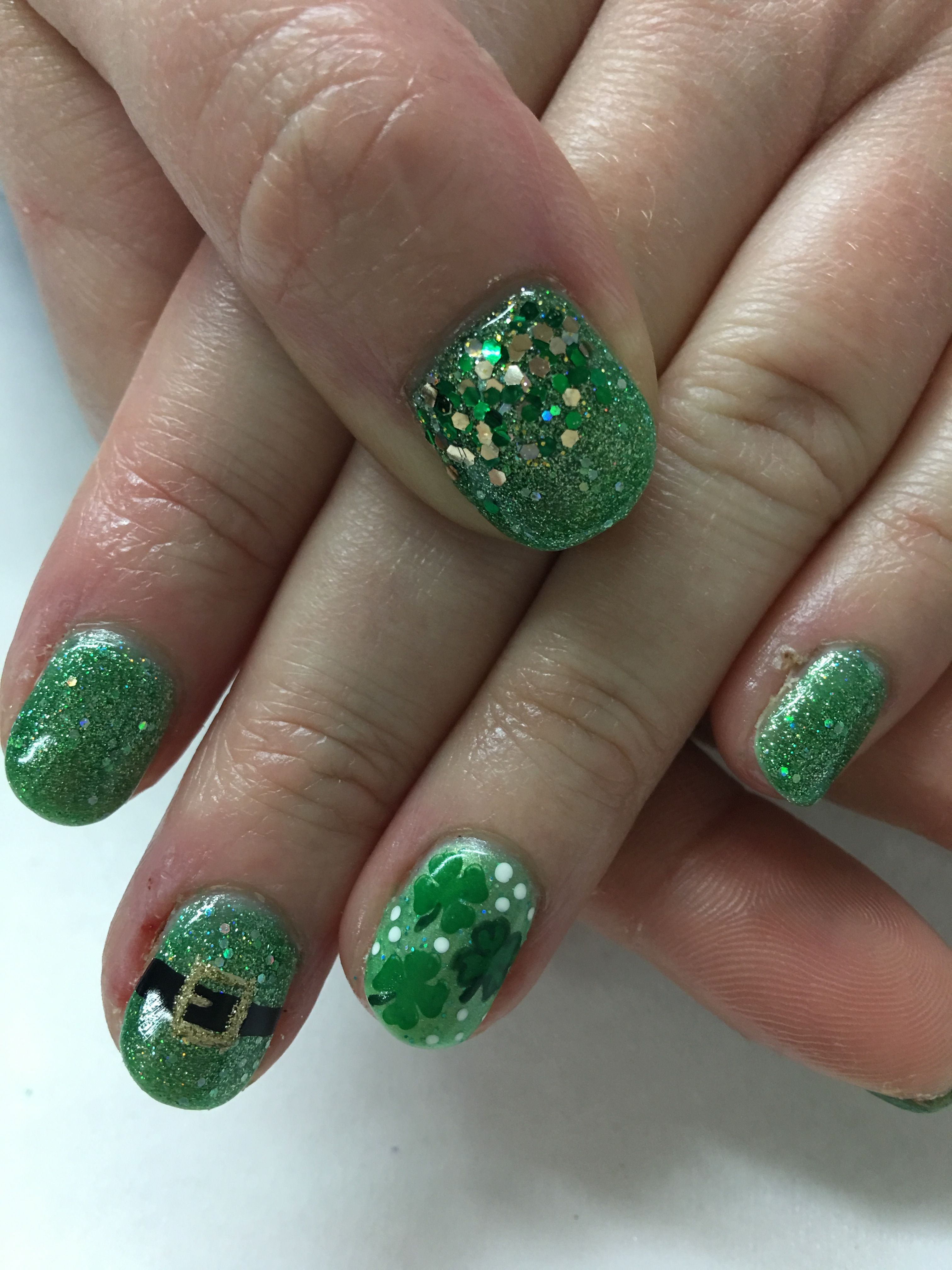 St Patrick S Day Glitter Green Leprechaun Shamrock Gel Nails Green Nails Gold Nail Designs Green Acrylic Nails