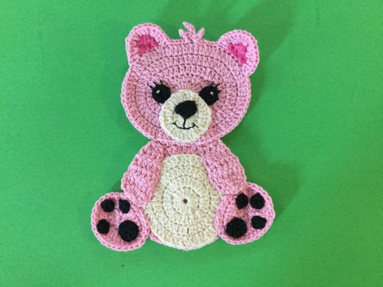 Learn how to crochet these teddy bears with my free crochet pattern