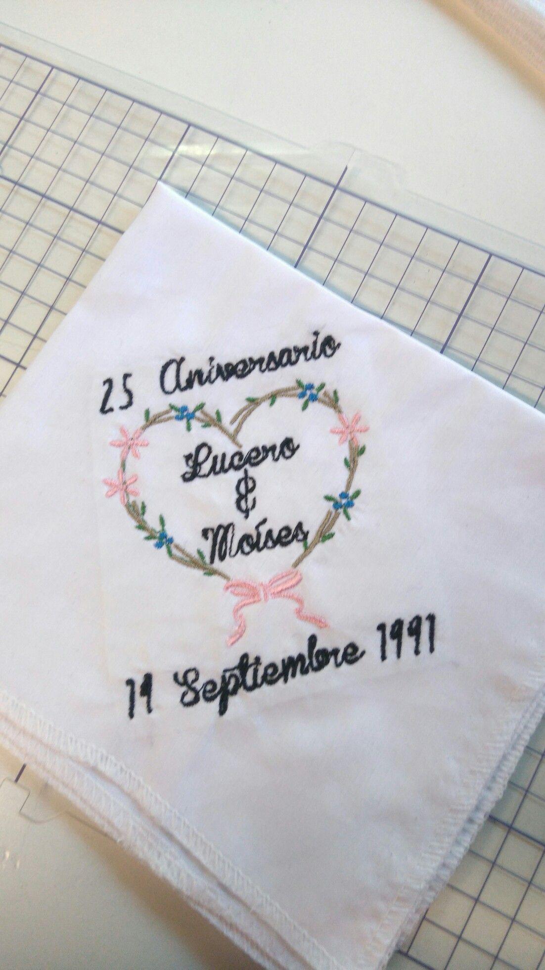 Servilletas bordadas para boda | Mis bordados | Boda, Postres boda y ...