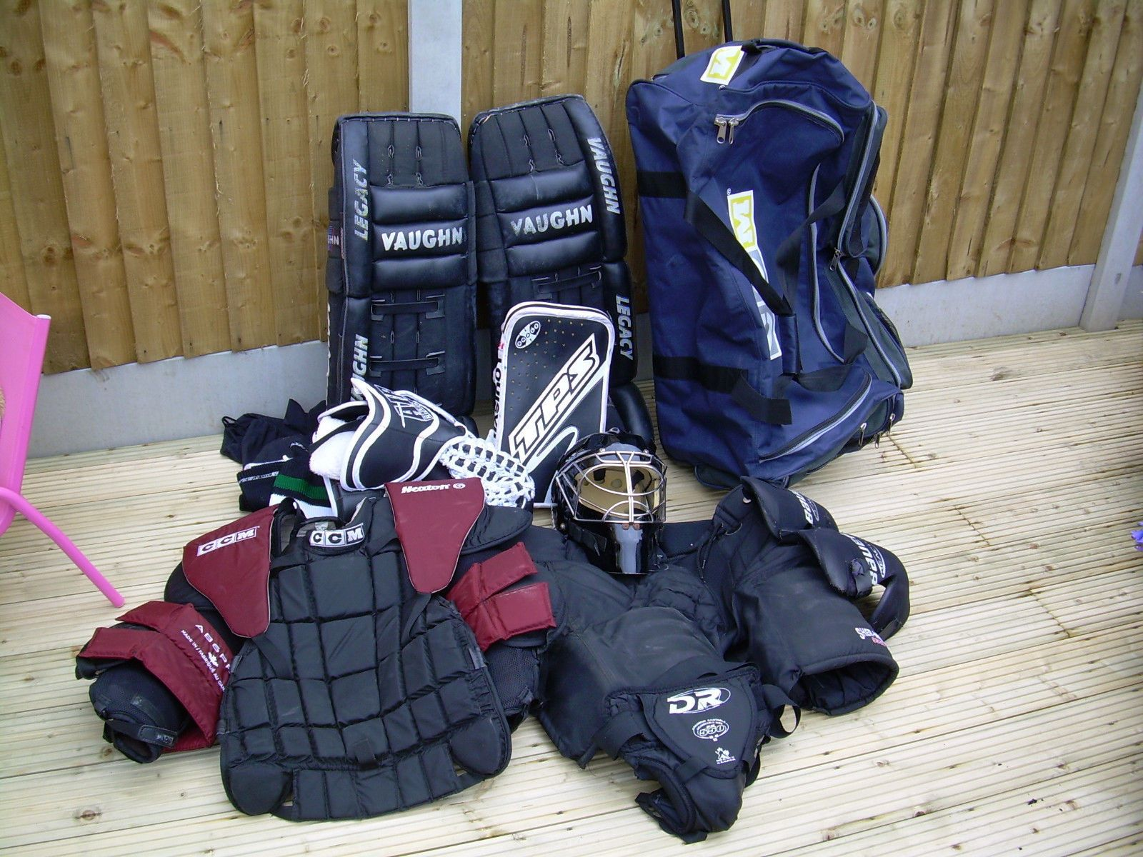 Full ice #hockey kit - #adult #goalkeeper - vgc,  View more on the LINK: 	http://www.zeppy.io/product/gb/2/262711013025/