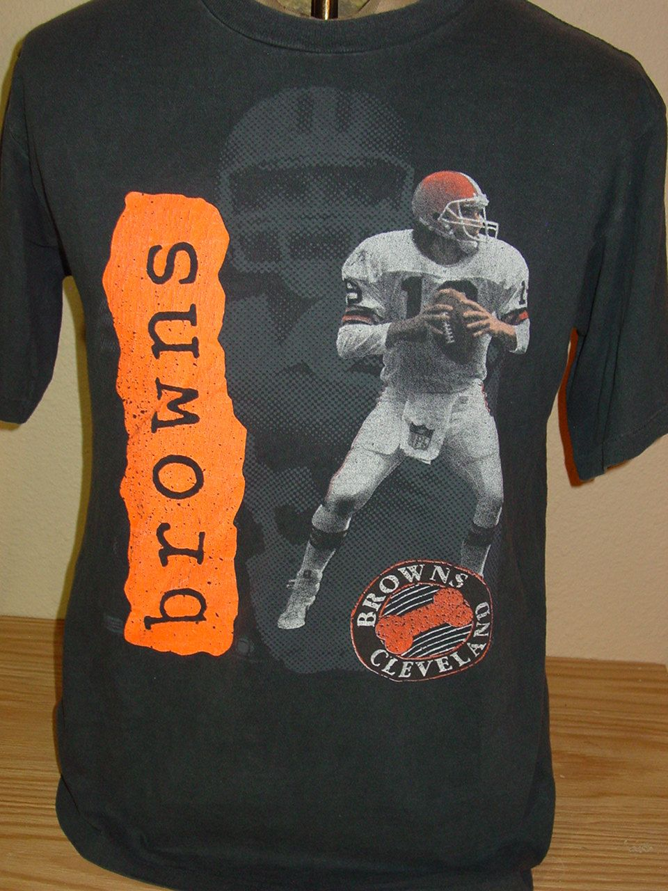 ffe21a65a9a vintage Bernie Kosar Cleveland Browns football t shirt Large by  vintagerhino247 on Etsy