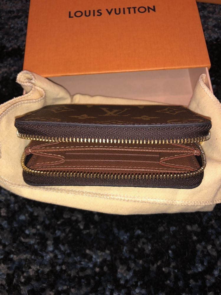 8280422ce32a Pre Owned Louis Vuitton Zippy Coin Purse  fashion  clothing  shoes   accessories