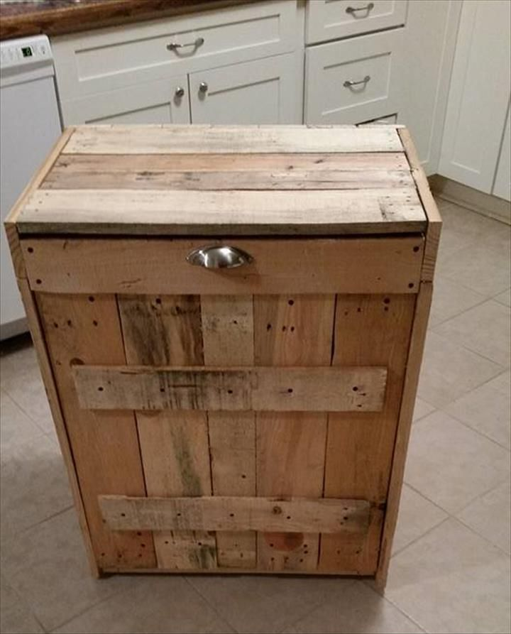 Today's post is only to speak for this pallet wood kitchen trash bin,  having inside installed plastic bin and is just a best solution to organize  the ...