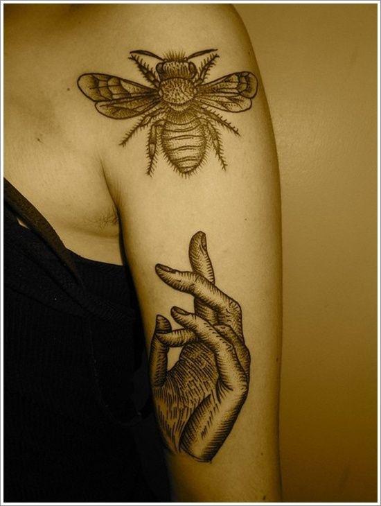 eec17b550 28 Cute Queen Bee Tattoo Designs for Women and Men | Ink Inspiration ...