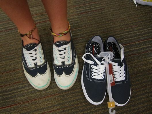 Great Gatsby Tennis Shoe DIY paint your own oxford tennis shoes ...