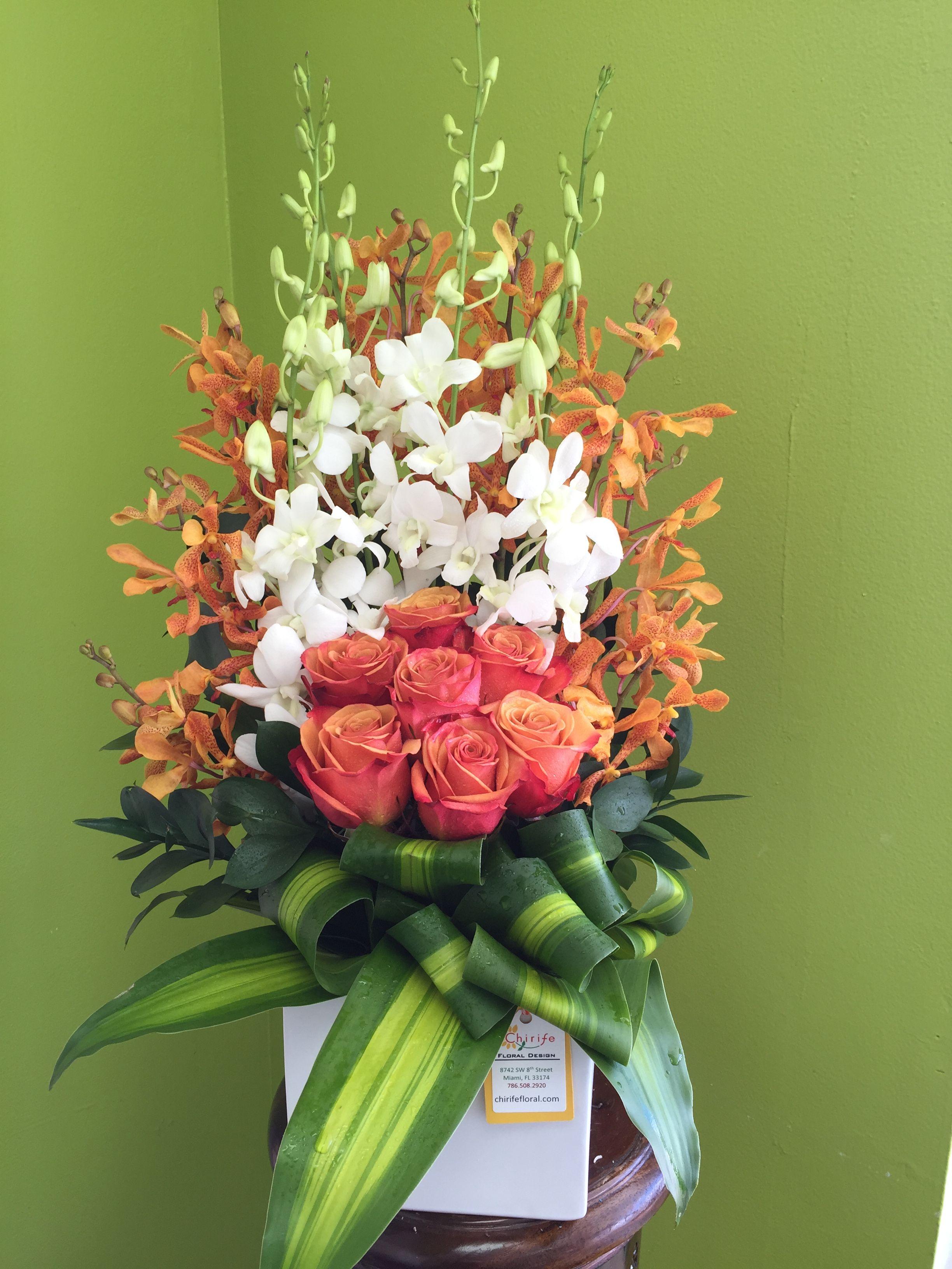 Готовые букет и композиция из цветов, букет роз